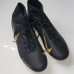 Nike phantom vsn soccer cleats size 13 NWOT